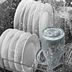 Lavaggio stoviglie